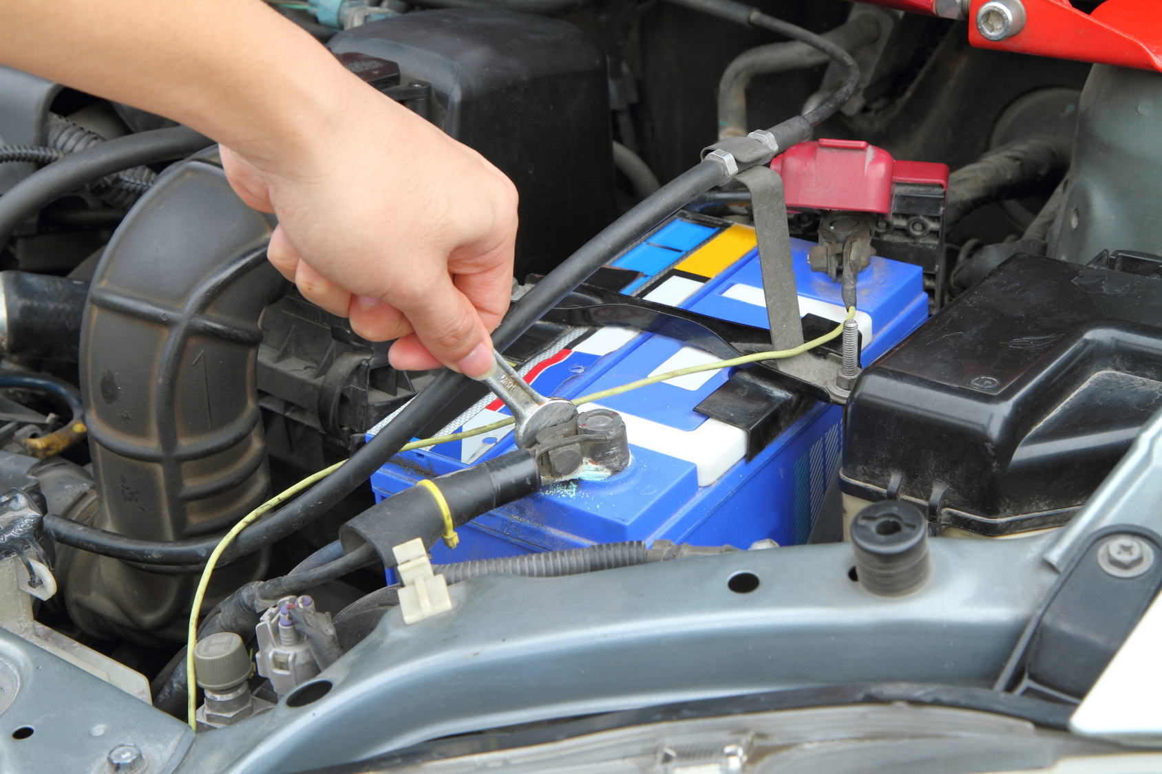 increase car battery life Miracle Body and Paint San Antonio Texas