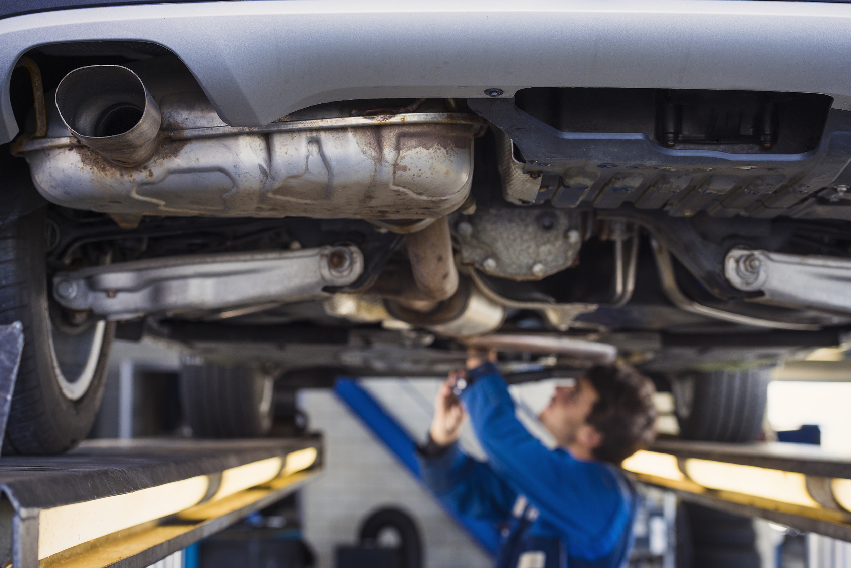 Backfiring Exhaust Causes Miracle Body and Paint San Antonio Texas