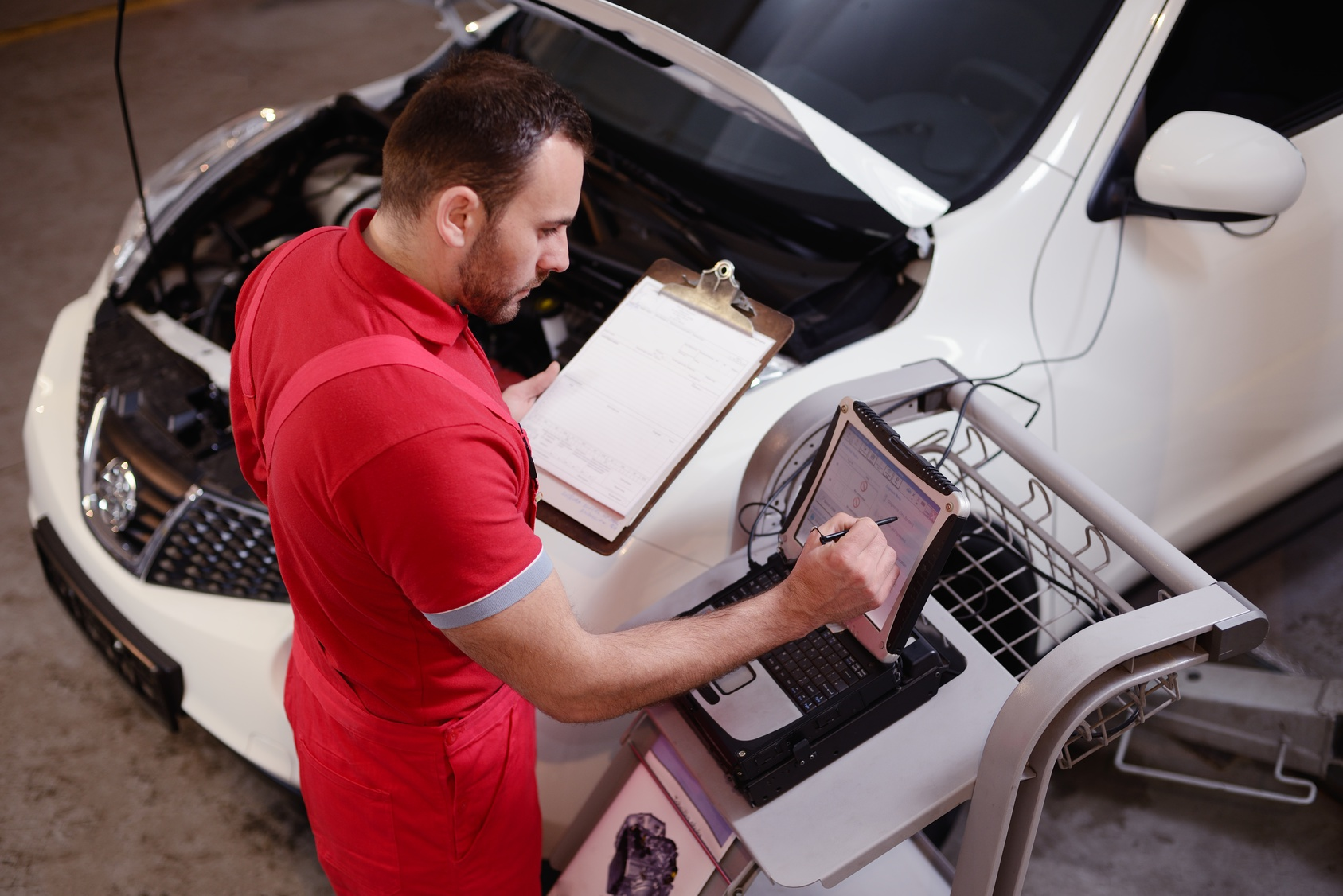 Avoid Major Auto Repairs With Maintenance Services Miracle Body and Paint San Antonio Texas