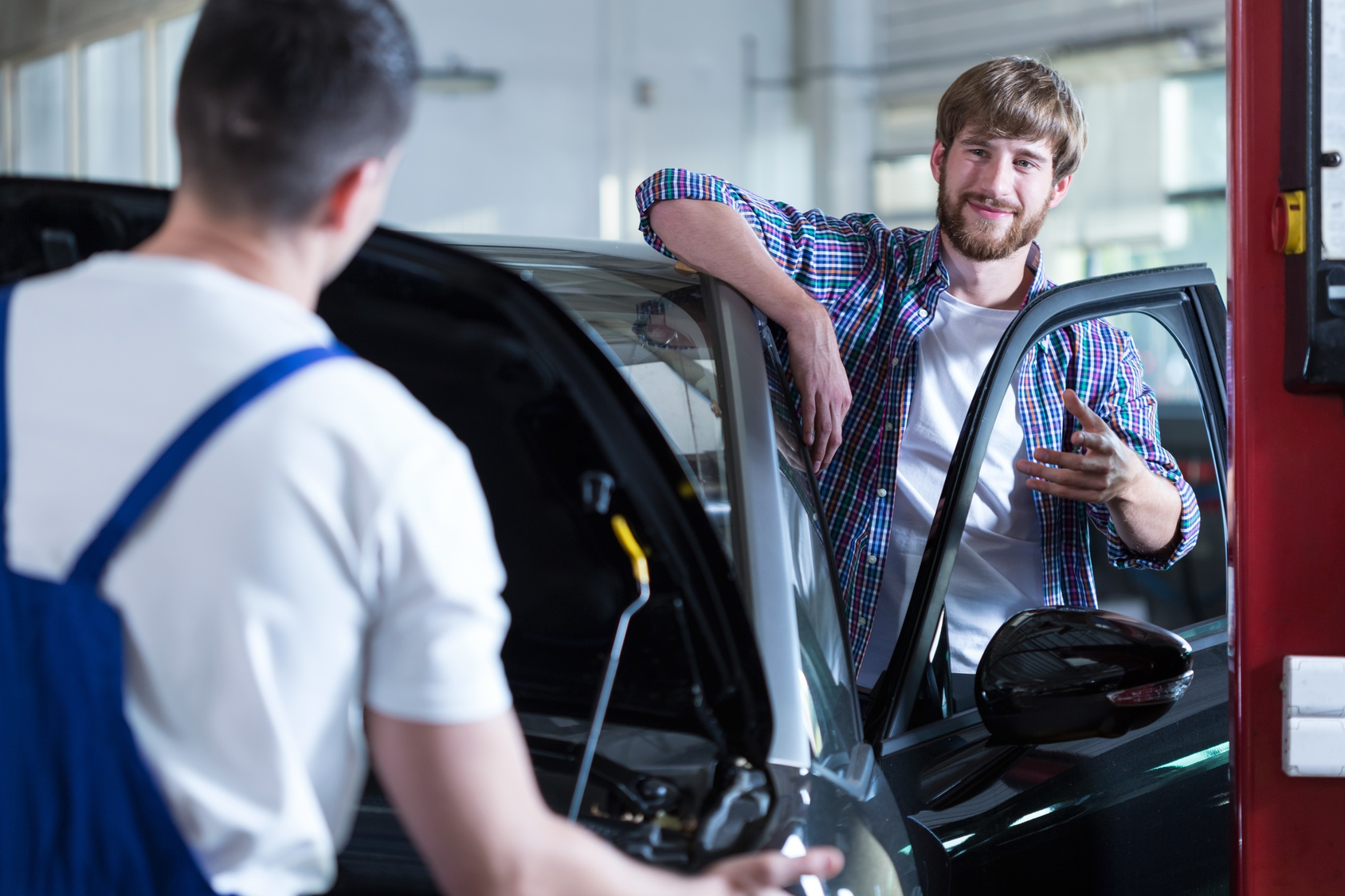 How To Be Smart When Choosing An Auto Repair Shop Miracle Body and Paint San Antonio Texas