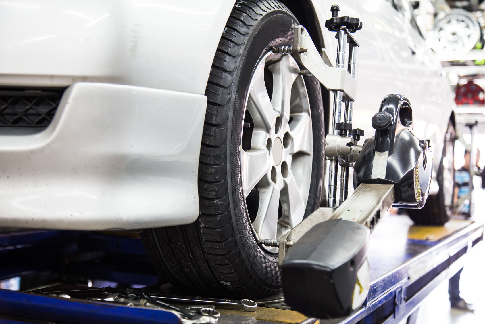 Why You Need A Wheel Alignment Miracle Body and Paint San Antonio Texas